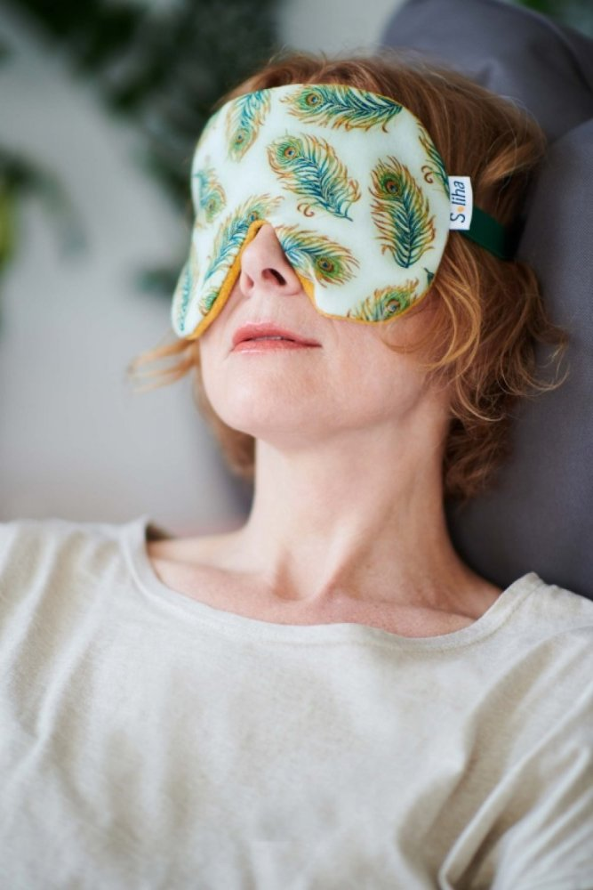 Photo - Eye mask